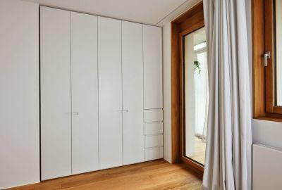 Đặt tủ quần áo trong phòng ngủ như thế nào để hợp phong thủy?